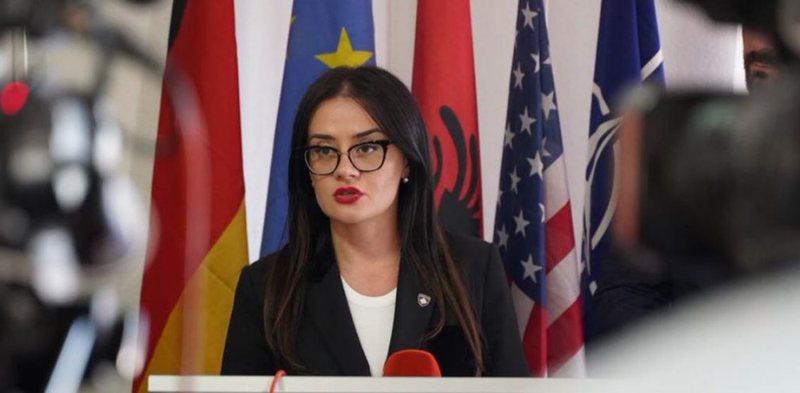 Ministrja kosovare i përgjigjet paralajmërimit të