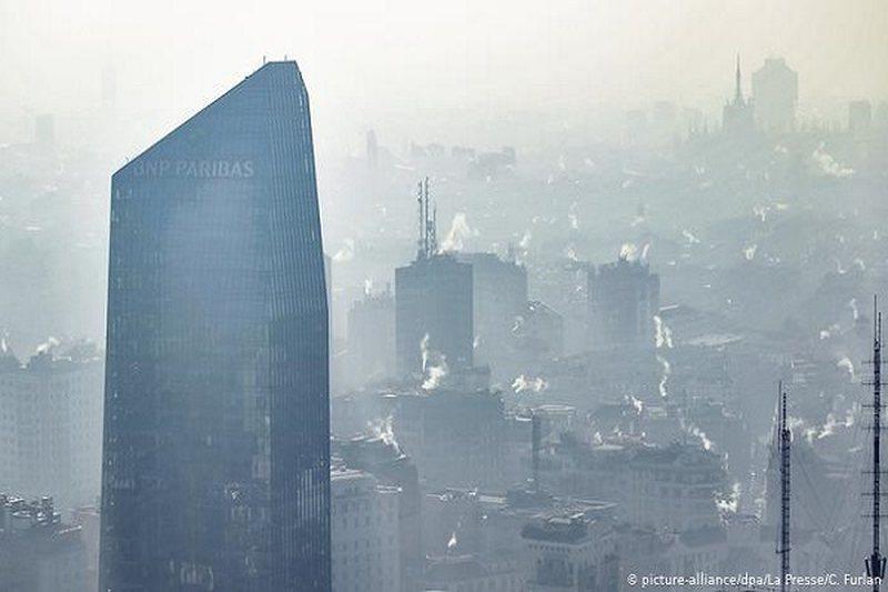 Mjedisi i ndotur rrit rreziqet e COVID-19