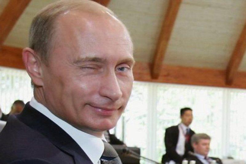 Putini dhe familja e tij s'do të mund të ndiqen penalisht edhe