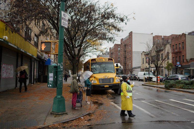Vala e dytë e pandemisë, New Yorku mbyll shkollat