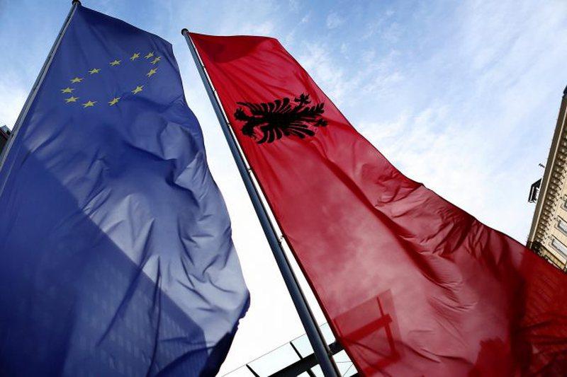 Shqipëria i bashkohet sanksioneve të BE ndaj Bjellorusisë,