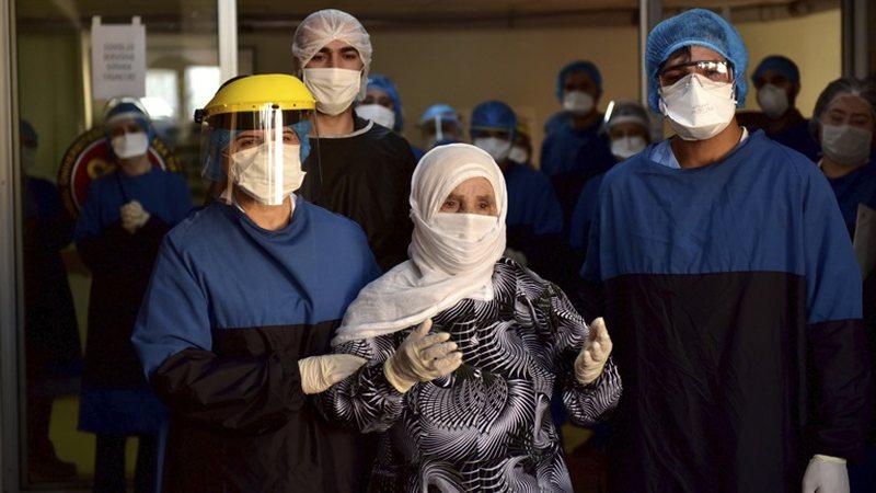 Rritet numri i viktimave në Turqi, mbi 3 mijë të infektuar