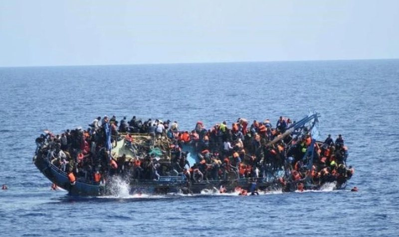 Fundoset varka, humbin jetën 74 refugjatë, mes tyre edhe