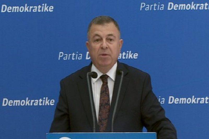 PD: Olta Xhaçka harxhon 10 mijë euro të shqiptarëve