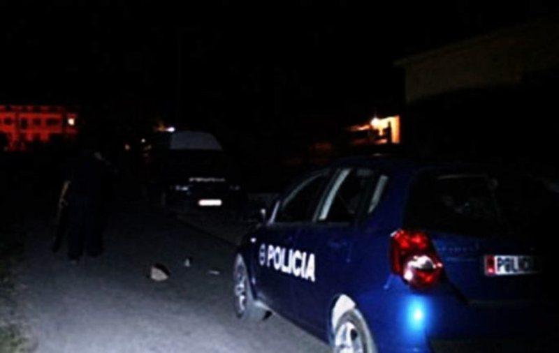 Aksident në Tiranë, përplasen dy makina, tre të plagosur