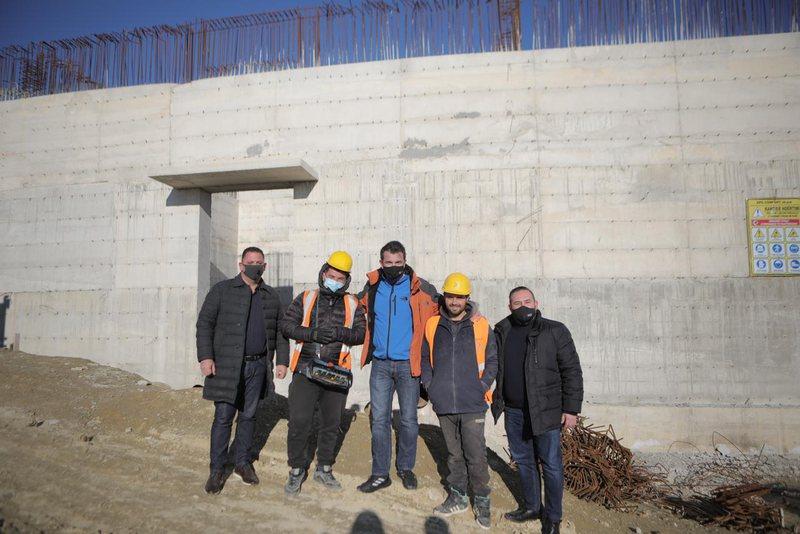 Kavaja me ujësjellës të ri, Veliaj: PS e vetmja forcë