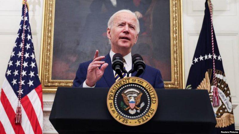 Presidenti Biden nënshkruan urdhra të rinj ekzekutivë kundër