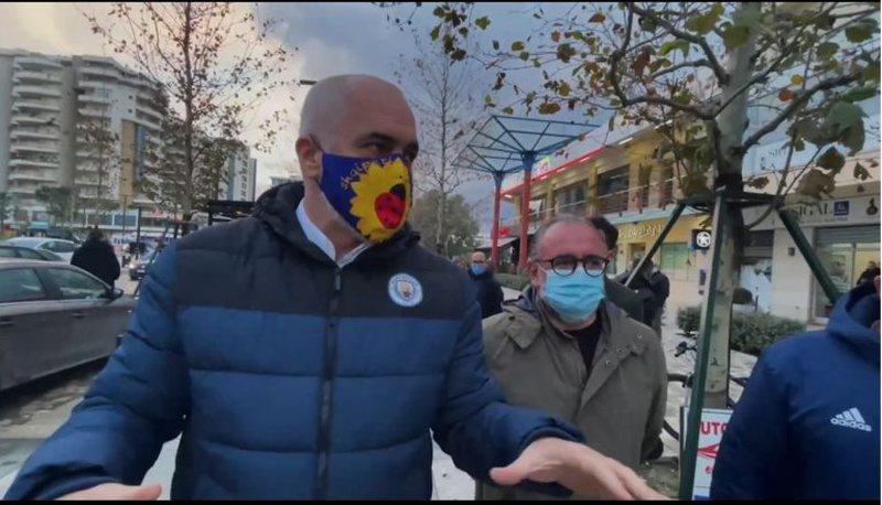 Rama në Vlorë: Reshjet intensive përmbysin edhe Parisin, problem