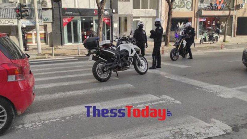 Të shtëna me armë zjarri në Selanik, dy të plagosur.