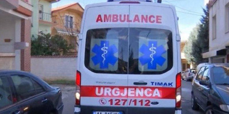 Ngjarje e rëndë në Tiranë, makina përplas për