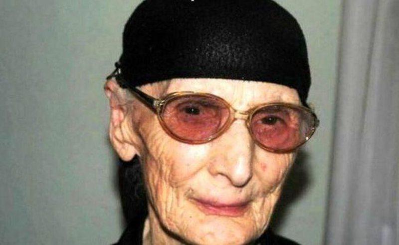 Mposhti COVID-19, 101-vjeçarja nga Korça që i mbijetoi dy