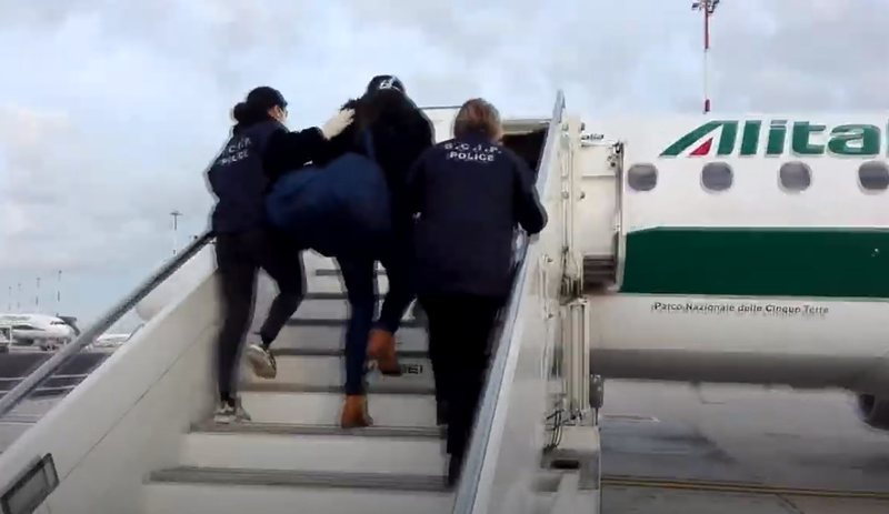 Pjesë e grupit të kokainës, ekstradohet nga Spanja në Itali