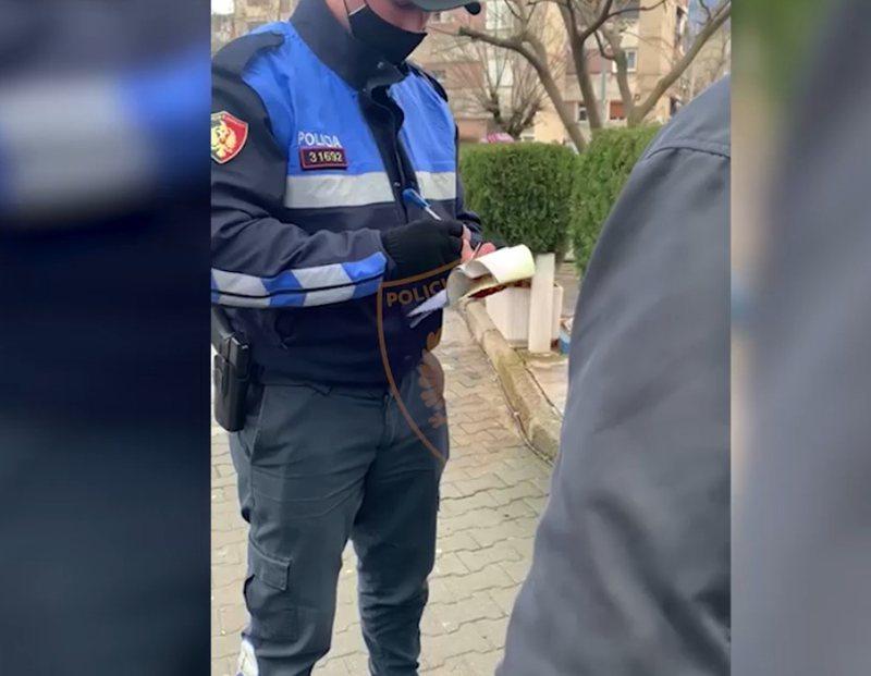 Nuk mbanin maska, gjobiten 462 qytetarë në 24 orët e fundit