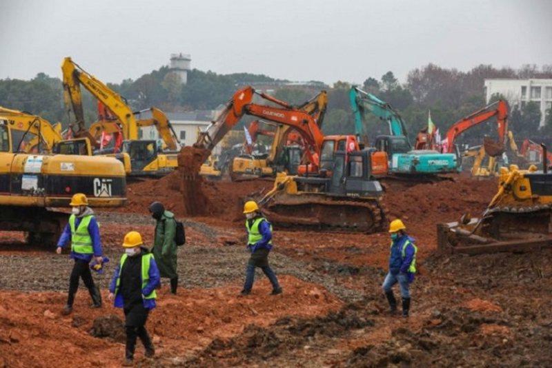 Rastet e reja me Covid-19, Kina ndërton spitalin me 1500 dhoma për 5