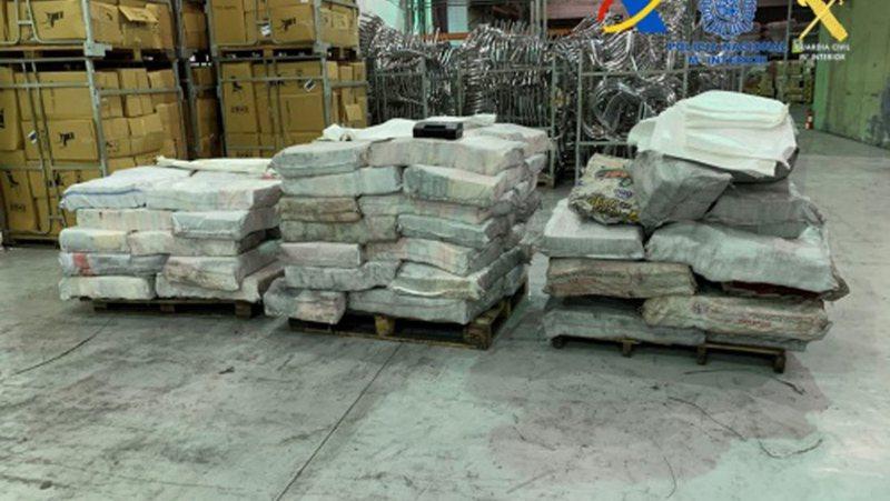 Kapen 2 ton kokainë, droga e fortë e fshehur brena ngarkesës me