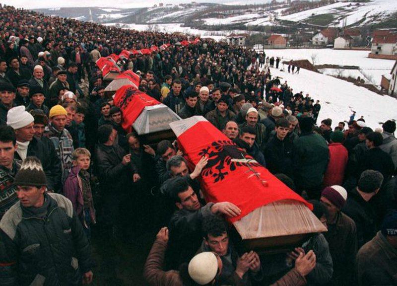 Basha përkujton masakrën e Reçakut: Plaga është ende