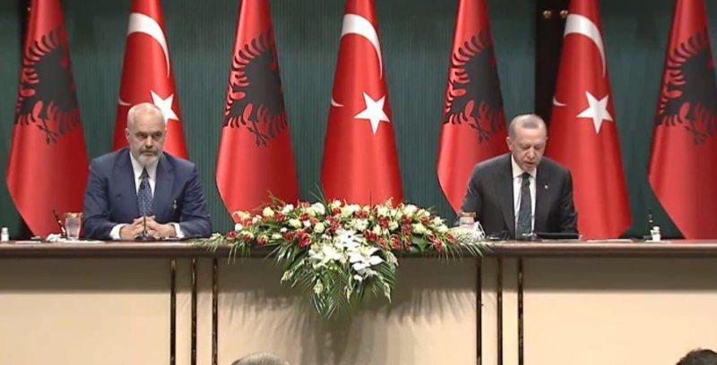 Rama zbulon bastin me Erdogan dhe thumbon BE: Turqia na mbështeti