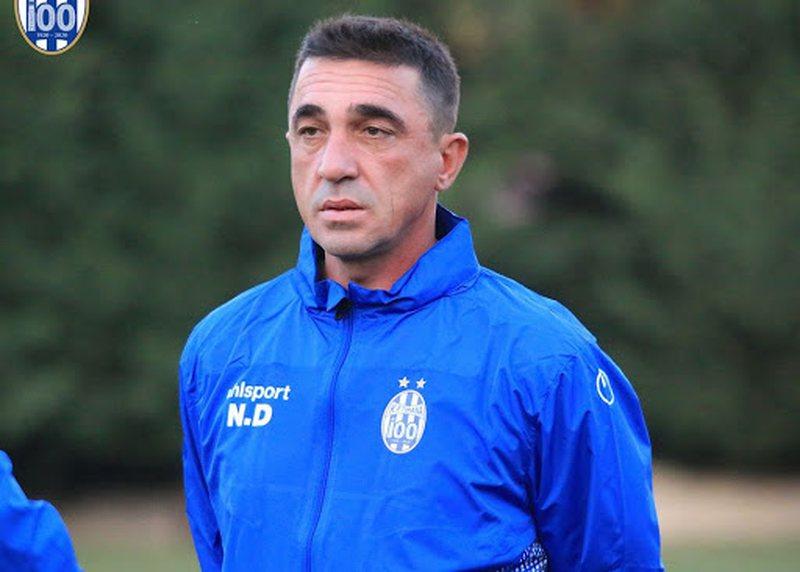 Tirana largon trajnerin Nevil Dede, pak minuta para ndeshjes