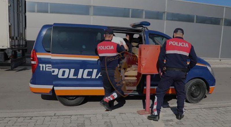 Kalonin mallra kontrabandë, arrestohen 9 persona në Rinas, mes tyre
