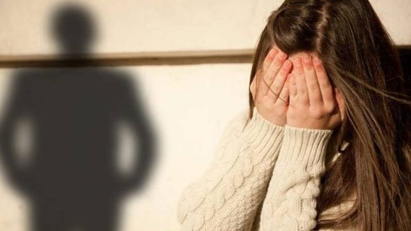 Kreu veprime të turpshme ndaj vajzës 15-vjeçare, procedohet