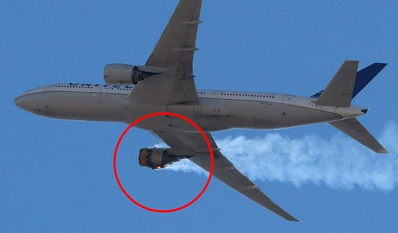 Shpërthimi i motorit, pezullohet përdorimi i avionëve Boeing 777