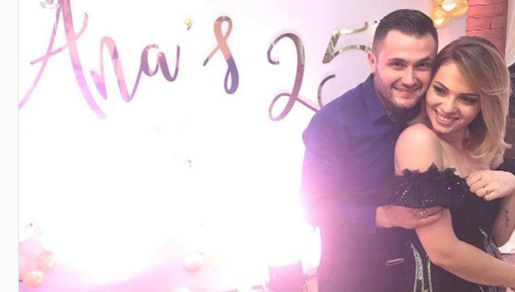 Motra e Bes Kallakut feston ditëlindjen, dedikimet surprizë nga ai dhe  Xhensila - Showbiz