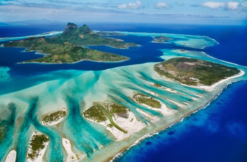 blue barrier reef bora bora.ngsversion.1474472488859.adapt.1190.1