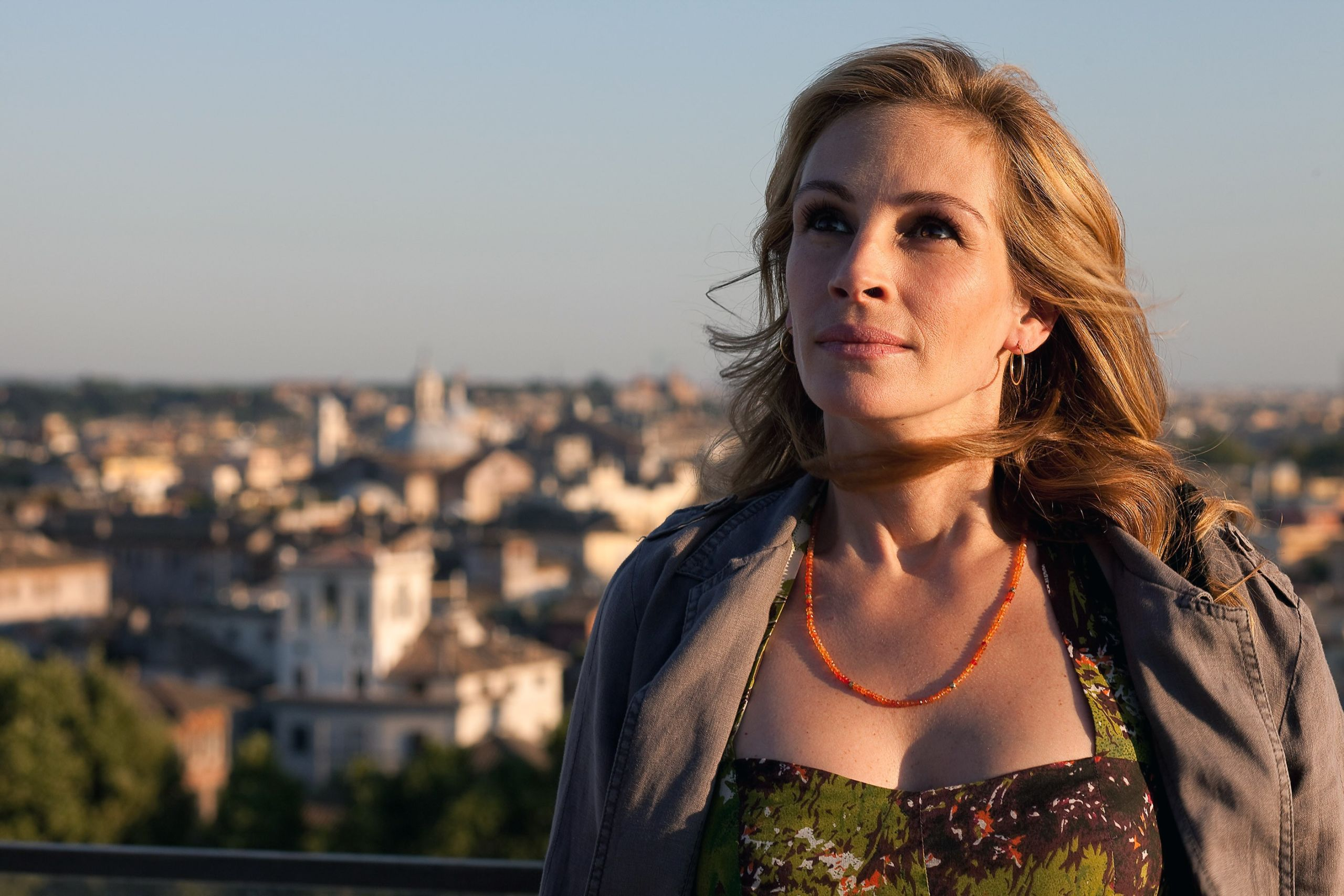 1482355968 syn hbz 1448033793 julia roberts in eat pray love