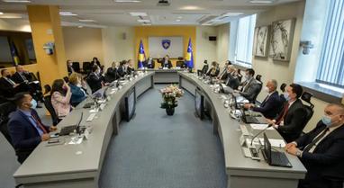 Qeveria e Kosovës shtyn përpara procesin e vettingut, Kurti: