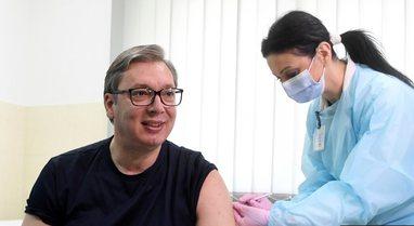 Presidenti i Serbisë, Vuçiç bën vaksinën kineze