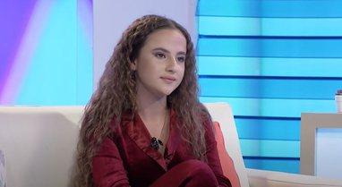 Ëndrra e modelingut e 14 vjeçares nga Cërriku për në