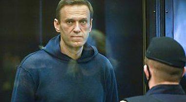 Rusia konfirmon burgimin dhe transferimin e opozitarit Navalny