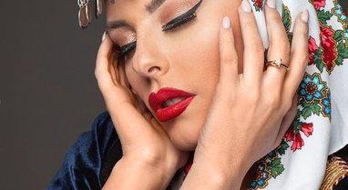 """""""Eurovizion"""" publikon fotot, Anxhela Peristeri duket mahnitëse"""