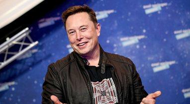 Rriten aksionet e Tesla-s, Elon Musk shton 25 miliardë dollarë në