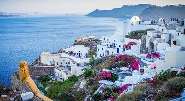 Greqia parashikon të hapi sezonin turistik më 14 Maj