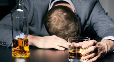 Studimi i Institutit të Shëndetit Publik: Bie konsumi i alkoolit