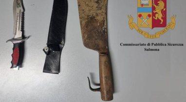 Godet me thikë ish-bashkëshorten dhe djalin e tij, arrestohet