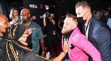 McGregor përfshihet sërish në një sherr viral, i thyen