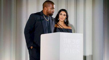 Kanye West shpërthen në lot: Jeta me Kim Kardashian, si 'në
