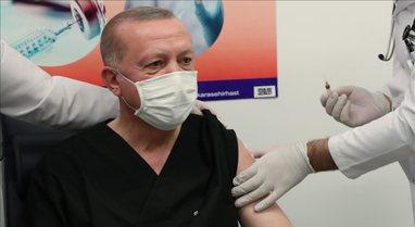 Presidenti Erdoğan merr dozën e dytë të vaksinës