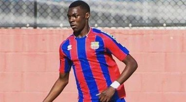 Tragjedi në futboll, lojtari 19-vjeçar ndërron jetë pas
