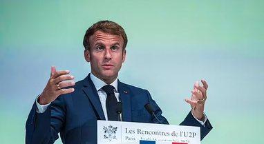 Refuzuan vaksinimin, Franca pezullon nga puna 3,000 punonjës