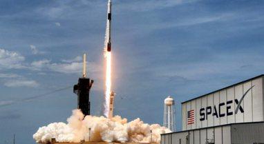 SpaceX dërgon 52 satelitë të tjerë në orbitën e