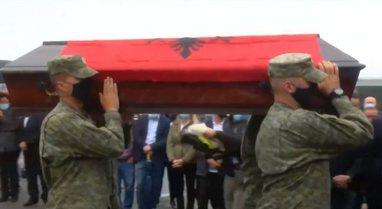 Kosovë/ Pas 22 vjetësh kthehen trupat e 7 shqiptarëve të