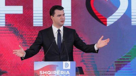 """""""Kurrë mos e humbni shpresën për Shqipërinë"""","""