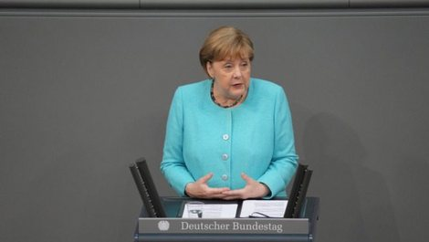 Angjela Merkel: Gjermania është akoma nën rrezik nga koronavirusi