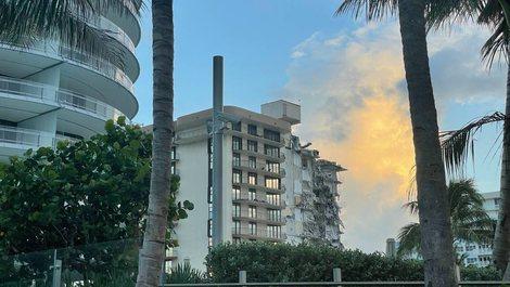 Shembja e ndërtesës shumëkatëshe në Miami, raportohet