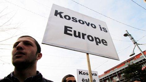 Pandemia zbeh gjasat për liberalizim e vizave për Kosovën