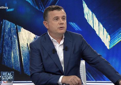 """""""Mbi 90% e shqiptarëve pro shkarkimit të Metës"""", Balla:"""