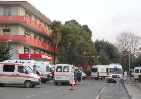 COVID-19 në Shqipëri/ Regjistrohen 986 raste të reja dhe 19